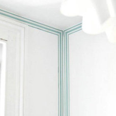 I love these striped wallpaper borders that make it ... | ° INTERIORS…
