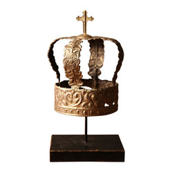 Mounted Crown