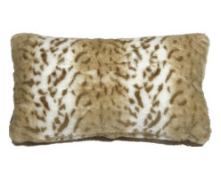 Pillow Decor - Pillow Decor - Tawny Lynx Faux Fur 12x20 Throw Pillow - Broad light caramel stripes and tawny brown markings give this beautiful faux fur throw pillow warmth and charm. With a half inch fur length, it is wonderfully soft and welcoming. As a 12x20 inch rectangular lumbar pillow, it is ideal as a cozy accent pillow on a bed, chair or sofa.