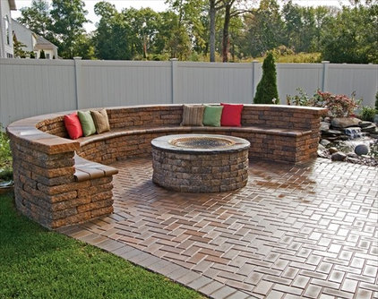 Traditional Fire Pits by Angerstein's Lighting & Design Center