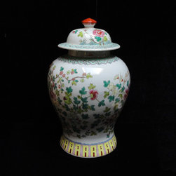 Chinese Hand Painted Phoenixes & Flowers Motif Colorful Porcelain Jar - You are looking at a Chinese handmade phoenixes & flowers motif colorful porcelain jar.