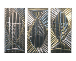Matthew's Art Gallery - Metal Wall Art Modern Abstract Suclpture Silver Fish - Name: Silver Fish