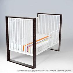 austin crib - Four mattress height settings.