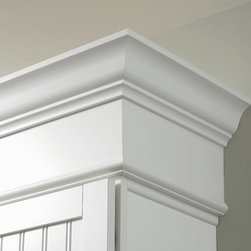 Aristokraft Soffit Filler Moulding - Take your design to new heights and save on install time by stacking crown moulding on top of our Soffit Filler Moulding.