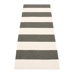 Pappelina - Pappelina BOB plastic Runner, Charcoal - This  rug from Pappelina, Sweden, uses PVC-plastic and polyester-warp to give it ultimate durability and clean-ability. Great for decks, bathrooms, kitchens and kid's rooms.