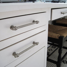 Traditional Pulls by Atlas Homewares