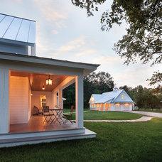 Farmhouse  by Lendrum Photography LLC
