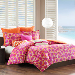Echo - Echo Catalina Cotton 3-piece Duvet Cover Set - The Echo Catalina duvet cover set adds a fun burst of color to your bedroom. The modern design infuses bold color with orange lines intertwining on a purple ground.
