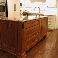 Kitchen Cabinets by Woodmaster Kitchens