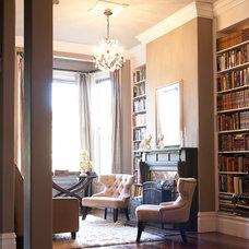 Living Room by Architect Mason Kirby Inc.