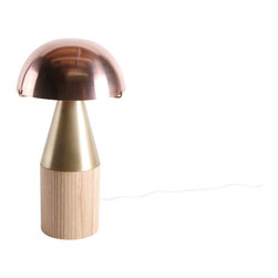 DAMM - Fovea - Fovea is the LED table lamp that somehow made geometry cute.