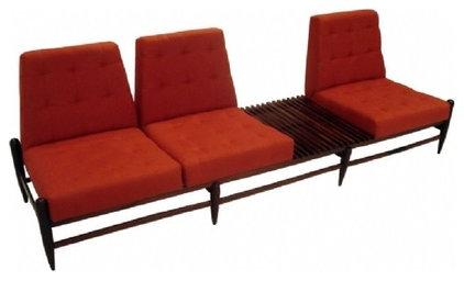 Modern Sofas by Espasso