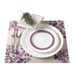Modern-twist - Placemat - Jardin, Fig on Clear - Made from hand silk-screened, food-grade silicone, the Modern-twist placemat is available in botanical, nature-inspired and other beautiful patterns. Easy-to-clean, non-porous, germ-free surface.