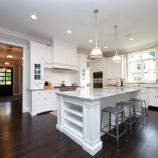 Traditional  by Oakley Home Builders