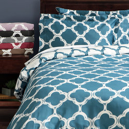 None - Lyon 300-thread Count Cotton Percale Patterned 3-piece Duvet Cover Set - Update your bedding ensemble with the Lyon reversible duvet cover set featuring a 300-thread cotton-and-polyester blend. In your choice of fashionable colors,the abstract print is sure to add color and texture to any contemporary decor scheme.
