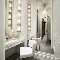 Contemporary Closet by Robert Granoff