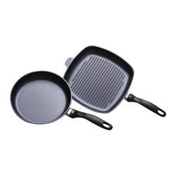 Swiss Diamond - 2 Piece Set: Fry Pan and Grill Pan - When you can't fire up the grill, you simply have to put a grill pan on the stove. Couple that with our best-selling fry pan, and this is the perfect combination for healthy home cooking. This Swiss Diamond 2-Piece Set combines an 11 inch (28cm) Fry Pan and 11x11 inch Square Grill Pan. Our nonstick grill pan heats evenly and is perfect for bacon, burgers, grilled sandwiches and more. The fry pan easily holds four pieces of chicken and other large meals, making it ideal for any family. Like all of our pans, this 2-piece set is made from heavy-duty cast aluminum so it will never warp.