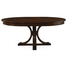Modern Dining Tables by GALLERY FURNITURE