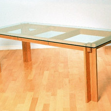 Contemporary Dining Tables by Eidos Designstudio.com