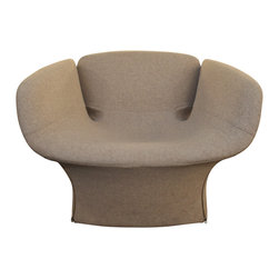 "Moroso Bloomy - Consigned Moroso Bloomy Armchair - Moroso's ""Bloomy"" series is inspired by the beauty of flowers. This armchair recalls petals poised in mid-bloom, rendered in soft beige upholstery with a removable cover. Zipper details and polypropylene feet complete the piece. In good condition."