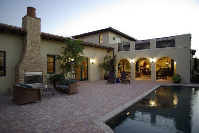 Tropical Pool by Romanza Interior Design