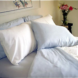 Dreamsack Seamless Blue Silk Queen Bed Sheets Set - Switch out your sheets for silk ones to add some romance.