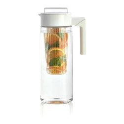 Airtight White 66oz Pitcher with Infuser -