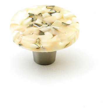 """Windborne Studios - Pebbles Glass Knobs and Pulls, Light Oatmeal, 1.5"""" Circle - The """"Pebbles Collection"""" is inspired by Northern Michigan Shorelines."""