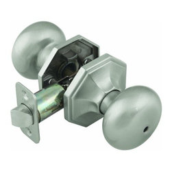 DHI-Corp - Barcelona 2-Way Latch Privacy Door Knob, Adjustable Backset, Satin Nickel - The Design House 702811 Barcelona 2-Way Latch Privacy Robust Door Knob locks from the inside with a turn-button and does not include keyed cylinders. Finished in satin nickel and designed for left or right hand doors, this knob fits the two most common backsets in the U.S. (2-3/4-inch and 2-3/8-inch). The 1/2-inch latch bolt is plated in nickel and does not budge once in place. Privacy knobs are often used on bedrooms and bathrooms and are opened with generic tools. Use this knob on standard 1-3/8-inch and 1-3/4-inch thick doors. This product has a 1-inch by 2-1/4-inch radius corner face plate. If you are preparing your door for installation, the cross bore should be 2-1/8-inches in diameter and the edge bore should be 1-inch in diameter. This product is ANSI Grade-3 certified, which means this knob is rated for residential security. The Design House 702811 Barcelona 2-Way Latch Privacy Robust Door Knob comes with a limited lifetime mechanical warranty and a 5-year finish warranty that protect against defects in material and workmanship. Design House offers products in multiple home decor categories including lighting, ceiling fans, hardware and plumbing products. With years of hands-on experience, Design House understands every aspect of the home decor industry, and devotes itself to providing quality products across the home decor spectrum. Providing value to their customers, Design House uses industry leading merchandising solutions and innovative programs. Design House is committed to providing high quality products for your home improvement projects.