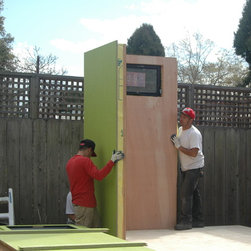 YardPod CLASSIC in Berkeley - YardPod CLASSIC in Berkeley. 8ft wide x 12ft long. Prefabricated in Sonoma and assembled by YardPods. Home Office for teacher. Floor comprises three 4ft x 8ft panels.  Walls are 4ft x 8ft complete with windows. Panels lock together for speed of assembly.  All panels are finished on both sides at the factory and contain recycled denim insulation.
