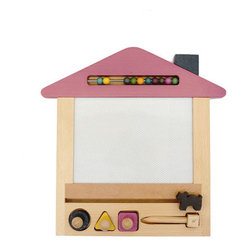 gg* - Oekaki House Magic Board Purple - This beautiful magic board allows you to draw with the magnet pen, erase and draw again endless times onto a 4 coloured background. Pull the little cat along to erase and use the circle, square or triangle shaped magnets to enhance your drawing skills.