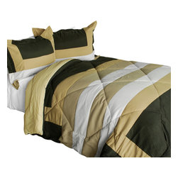 Blancho Bedding - Blooming Rosemary Quilted Patchwork Down Alternative Comforter Set-Twin - The [Blooming Rosemary] Patchwork Comforter Set (Twin Size) includes a quilted down alternative comforter and a sham. This luxury comforter set is handmade and some quilting may be slightly curved. The luxury handmade comforter set makes a stunning and warm gift for you and a loved one! For convenience, all bedding components are machine washable on cold in the gentle cycle and can be dried on low heat and will last for years. Elaborate vermicelli quilting provides a rich surface texture. This vermicelli-quilted comforter set will refresh your bedroom decor instantly, create a cozy and inviting atmosphere and is sure to transform the look of your bedroom or guest room. Enjoy a good night's sleep in this luxurious comforter set. (Dimensions: Twin comforter: 67.7 inches x 87.7 inches; Standard sham: 24 inches x 33.8 inches)