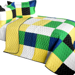 Blancho Bedding - 3 Piece Vermicelli Quilted Patchwork Quilt Set, Full/Queen, Romance of Green - The Romance of Green 100% TC Fabric Quilt Set,  Full/Queen Size,  includes a quilt and two quilted shams. This pretty quilt set is handmade and some quilting may be slightly curved. The pretty handmade quilt set make a stunning and warm gift for you and a loved one! For convenience, all bedding components are machine washable on cold in the gentle cycle and can be dried on low heat and will last for years. Intricate vermicelli quilting provides a rich surface texture. This vermicelli-quilted quilt set will refresh your bedroom decor instantly, create a cozy and inviting atmosphere and is sure to transform the look of your bedroom or guest room.,  Dimensions: Full/Queen quilt: 90.5 inches x 90.5 inches; Standard sham: 24 inches x 33.8 inches,