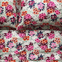 Nosegay Sheet Set - This reminds me of the vintage floral sheets you find at thrift stores, but these come without the smell.