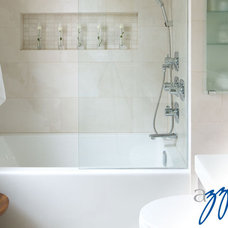 Bathtubs by Oakville Kitchen and Bath Centre