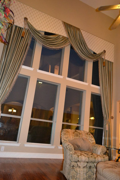Traditional Curtains by La Belle Designs