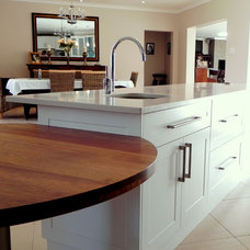 kitchen islands and kitchen carts by Personal Touch Cabinets