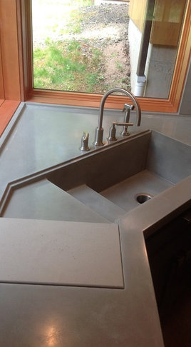 Rustic Kitchen Sink