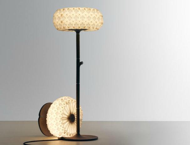 Modern Floor Lamps by aquagallery.com