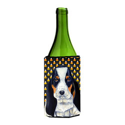 Caroline's Treasures - Basset Hound Halloween Portrait Wine Bottle Koozie Hugger - Basset Hound Candy Corn Halloween Portrait Wine Bottle Koozie Hugger LH9070LITERK Fits 750 ml. wine or other beverage bottles. Fits 24 oz. cans or pint bottles. Great collapsible koozie for large cans of beer, Energy Drinks or large Iced Tea beverages. Great to keep track of your beverage and add a bit of flair to a gathering. Wash the hugger in your washing machine. Design will not come off.