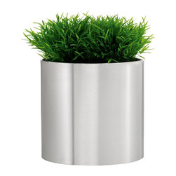 Stainless Steel Greens Round Planter - Xsmall - The Greens Round Planter by Blomus adds chic, modern sophistication to your garden or patio. Crafted from Stainless Steel, this planter reflects greenery and foliage, making for a unique statement. Perfect for outdoor or indoor use.