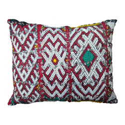 Moroccan Berber Pillow. - This is a Hand-woven pillow by the Zemmour Tribe in the Middle Atlas Mountains of Morocco, with elaborate diamond pattern, abstract designs and tattoo symbols which are belived to have meditative properties