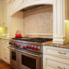 Traditional Kitchen Cabinets by Homestead Custom Cabinetry