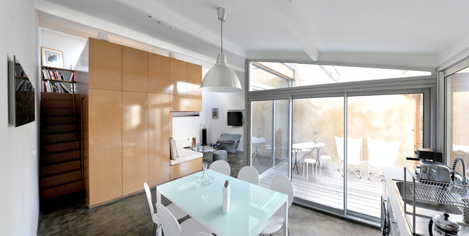 Modern Dining Room by FABRE/deMARIEN