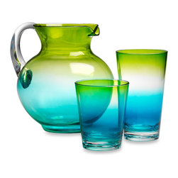 Ombré Cool Glassware - I love the summery colors of this beautiful ombré pitcher and matching glasses.