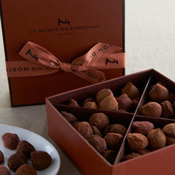 La Maison Du Chocolat - La Maison Du Chocolat Assorted Truffles - Decadent truffle assortment includes two luscious flavors to savor. Orange truffle is dark chocolate ganache with orange and a dash of fresh zest. Caramel truffle is milk chocolate ganache infused with Bourbon Vanilla and a hint of salt. Each piece....
