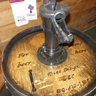 "Wine Barrel Beer Keg ""O"" Ator -"