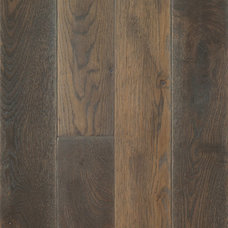 Traditional Hardwood Flooring by WD Flooring