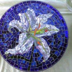 White Lily Mosaic Garden Stepping Stone - Custom designed mosaic garden stepping stones make a great personalized wedding gift, fathers or mothers day gift, birthday, graduation, etc.  We will be happy to work with you to create a mosaic to your specifications.