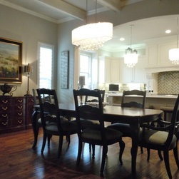 Paisley Residence - Dining & Kitchen -